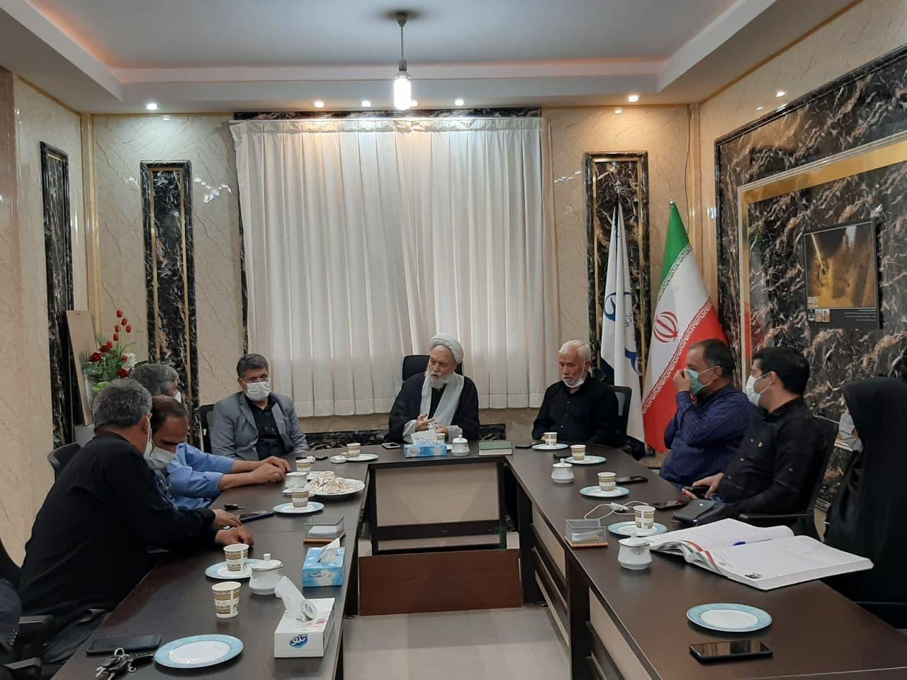 جلسه ساماندهی و تعیین هئیت امناء برای آرامستان و گلزار شهداء سفیدشهر