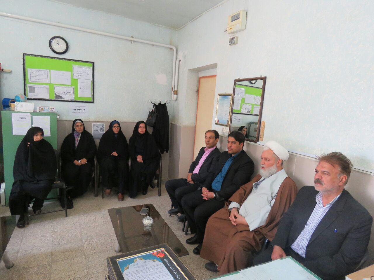 تجلیل و قدردانی از مقام شامخ معلم